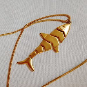 TALBOTS articulated fish necklace Gold Tone Long